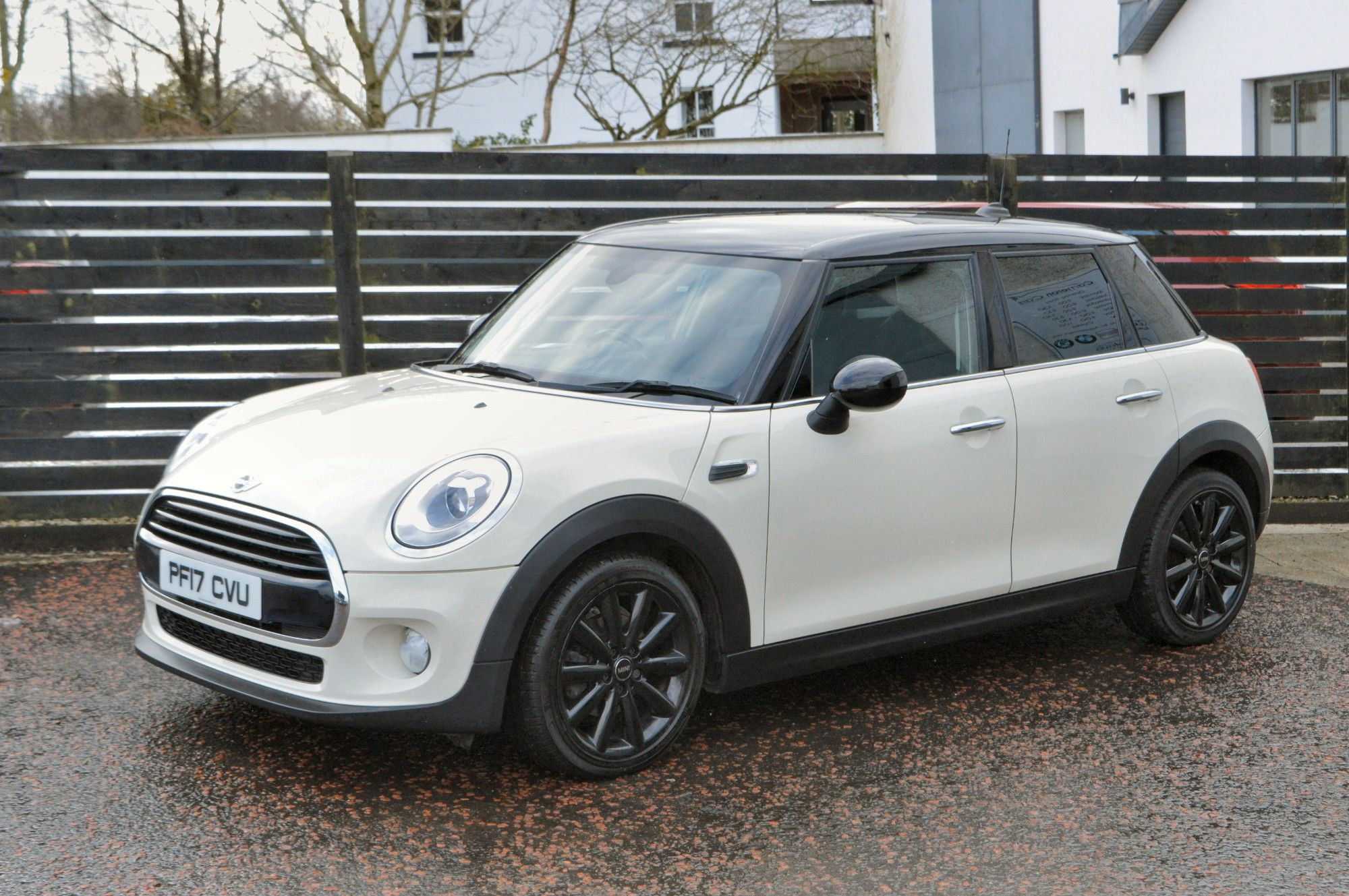 USED 2017 17 MINI HATCH COOPER 1.5 COOPER D 5d 114 BHP 6 MONTHS RAC WARRANTY FREE + 12 MONTHS ROAD SIDE RECOVERY!