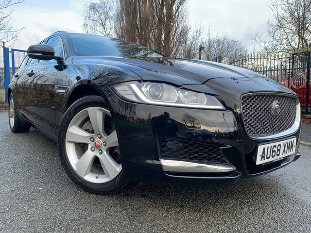 "USED 2018 68 JAGUAR XF 2.0 PORTFOLIO 5d SPORTBRAKE 247 BHP AUTO  JAGUAR WARRANTY TILL OCTOBER 2021+2 KEYS+FSH+1 OWNER+NAVIGATION+LEATHER TRIM+HEATED SEATS+CLIMATE+18""ALLOYS+CRUISE+REVERSE CAMERA+PARKING AID+USB+AUX+BLUETOOTH+"
