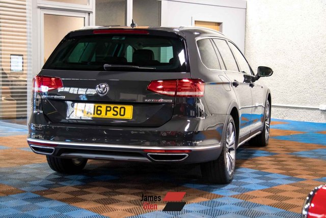 USED 2016 16 VOLKSWAGEN PASSAT 2.0 ALLTRACK TDI BLUEMOTION TECH 4MOTION DSG 5d 188 BHP Two Owners | Two Service Stamps