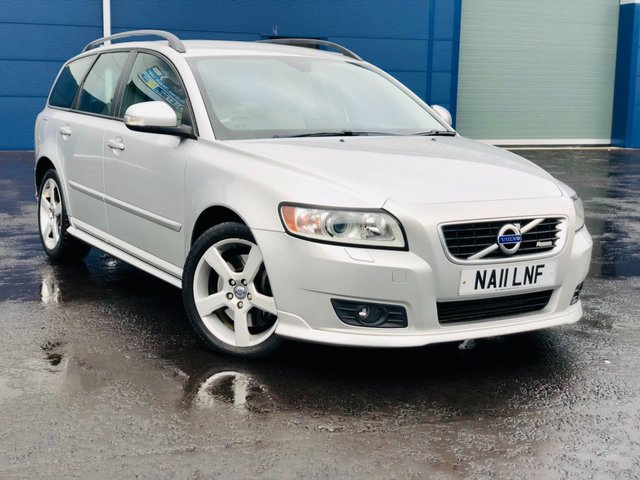 USED 2011 11 VOLVO V50 2.0 D3 R-DESIGN FSH 11 STAMPS 79K MILES T.BELT DONE FSH 11 STAMPS 79K MILES MOT AUGUST 2021 SAME OWNER 4 YEARS.