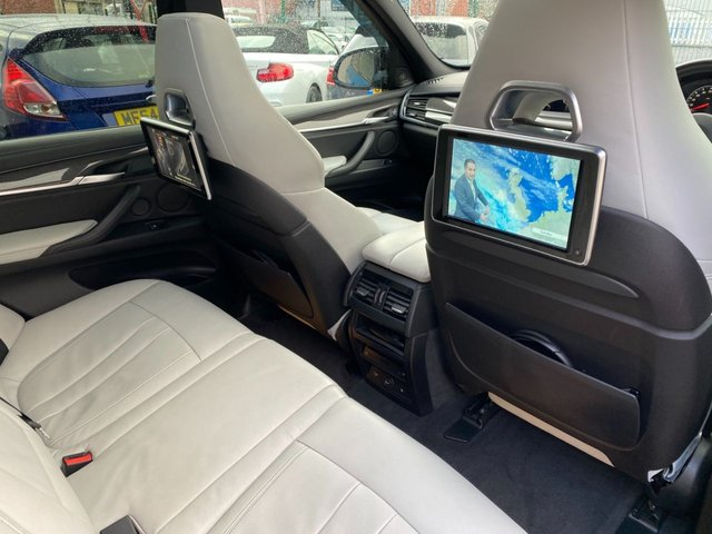 USED 2015 11 BMW X5 4.4 M 5d 568 BHP Total Cost new  £99,100
