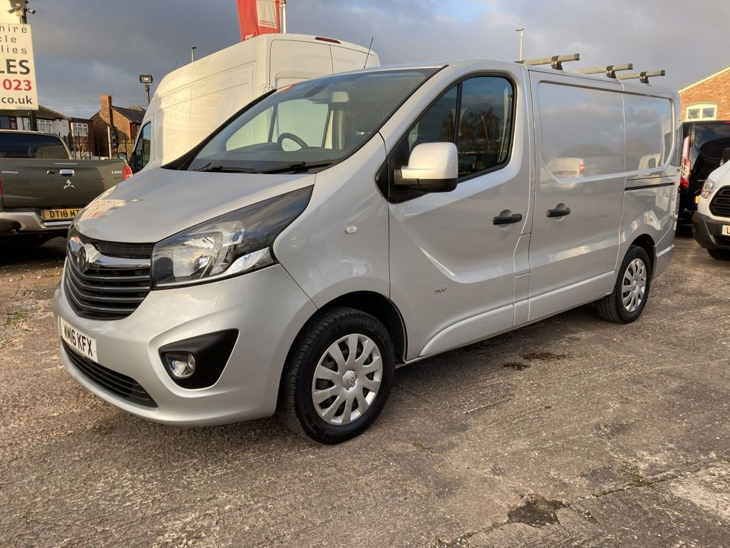 USED 2016 16 VAUXHALL VIVARO 1.6 2900 L1H1 CDTI  SPORTIVE 114 BHP 1 OWNER FSH NEW MOT SAT NAV RACKING FREE 6 MONTH WARRANTY INCLUDING RECOVERY AND ASSIST RACKING SATELLITE NAVIGATION