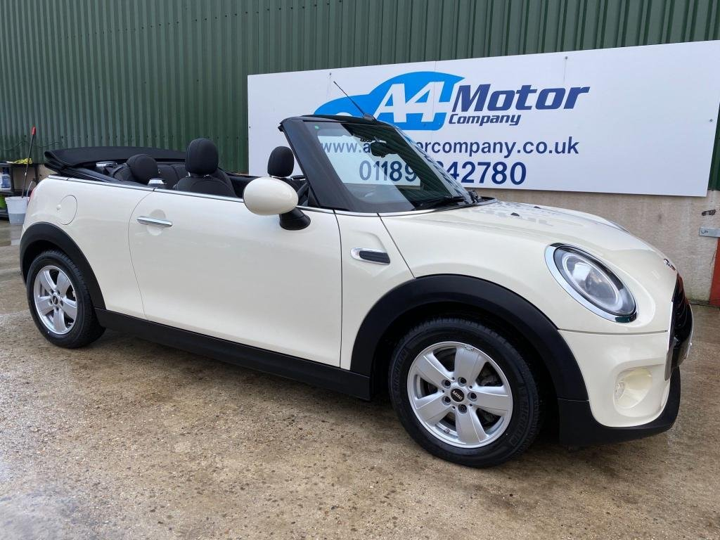 USED 2018 18 MINI CONVERTIBLE 1.5 Cooper (s/s) 2dr GREAT LOOKING CONVERTIBLE !!!
