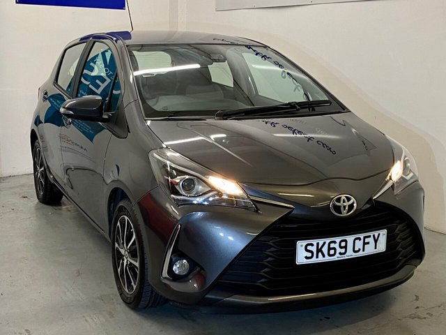 USED 2019 69 TOYOTA YARIS 1.5L VVT-I ICON TECH 5d 110 BHP Like new with 4,917 miles with huge spec incl Reverse Camera , Dash Cam, Blue tooth ,Sat Nav, air conditioning, cruise control ,DAB , Aux in ,Media Connectivity ,privacy glass ,traction control, auto wipers, two tone alloys in Steel grey metallic and under manufacturers warranty -great price SAVE £££'s on list just over a year old -ring us for more details LOW RATE FINANCE available credit subject to status written details on request -AND SAVE a further £250 NOW ONLY £10750 !!!