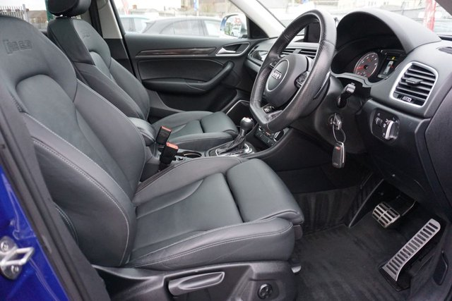 USED 2015 15 AUDI Q3 2.5 RS TFSI QUATTRO 5d 335 BHP GREAT SPEC ARRIVING NOW . PANROOF , LEATHER NAV CLICK AND DELIVER