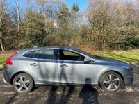 USED 2015 15 VOLVO V40 2.0 D4 R-DESIGN LUX NAV 5d 187 BHP * 12 MONTHS AA BREAKDOWN COVER * FULL LEATHER INTERIOR *