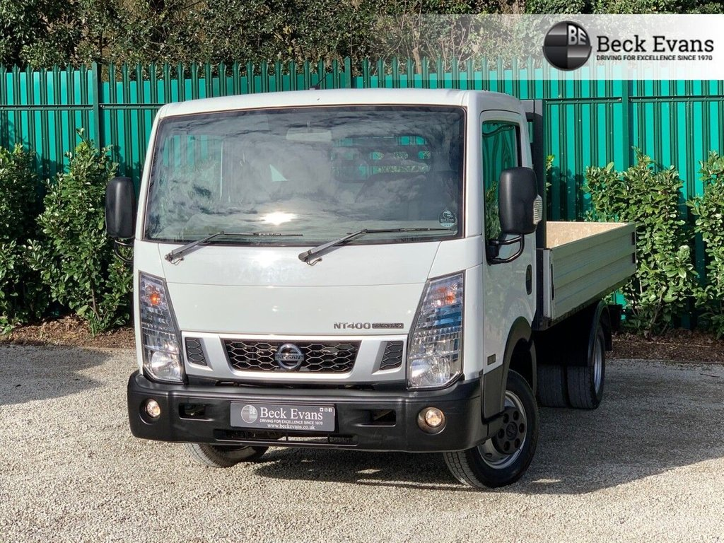 USED 2016 NISSAN NT400 CABSTAR 2.5 DCI 35.14 DROPSIDE 136 BHP
