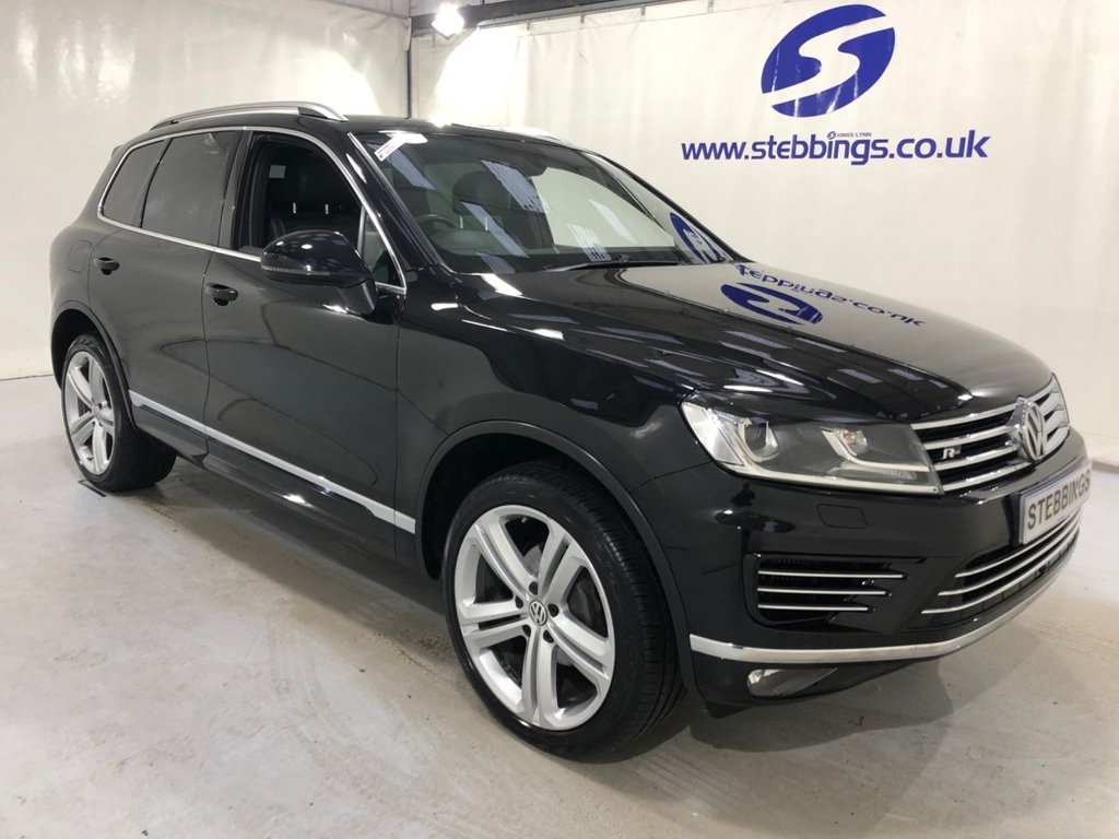 "USED 2017 67 VOLKSWAGEN TOUAREG 3.0 V6 R-LINE PLUS TDI BLUEMOTION TECHNOLOGY 5d 259 BHP PAN ROOF, SAT NAV, LEATHER, POWER HEATED FRONT SEATS WITH MEMORY FUNCTION, HEATED REAR SEATS, TOUCHSCREEN MEDIA INTERFACE, DUAL ZONE CLIMATE CONTROL, CRUISE CONTROL, AREA VIEW WITH REVERSING CAMERA, PARKING SENSORS, PRIVACY GLASS, 21 "" MALLORY ALLOYS"