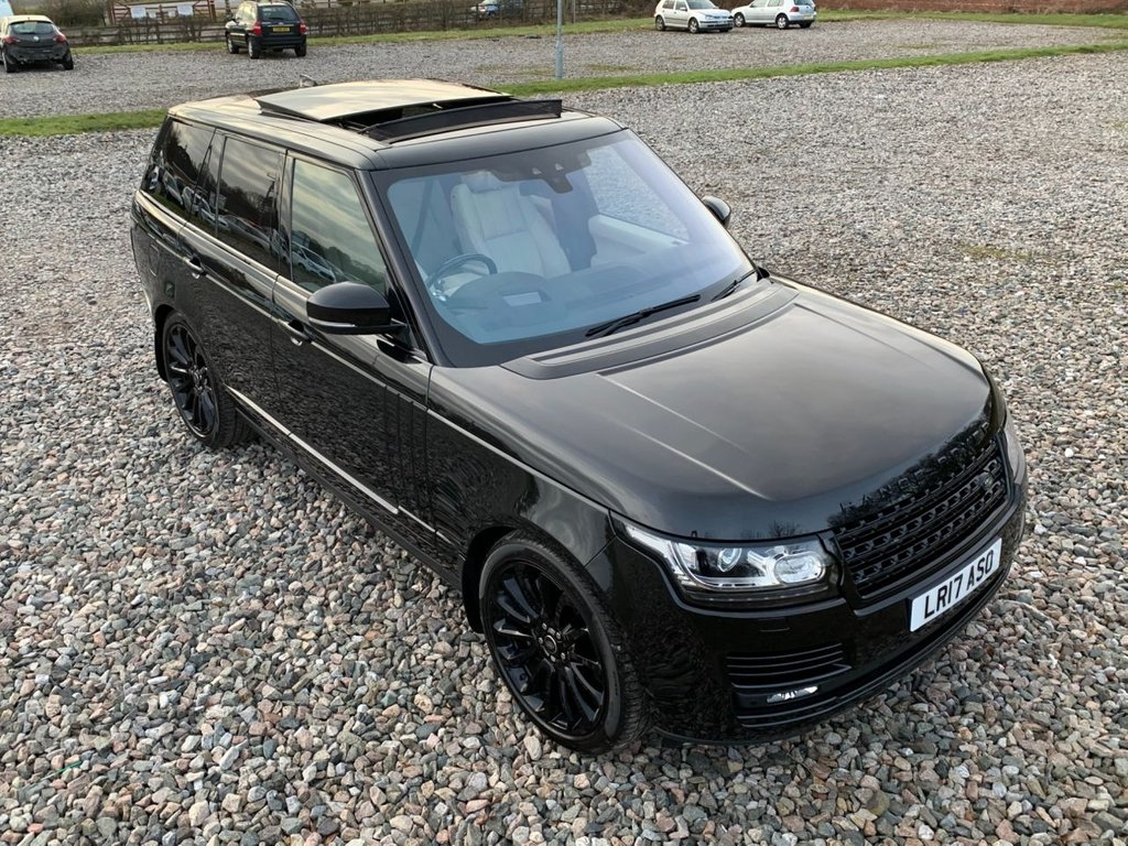 USED 2017 17 LAND ROVER RANGE ROVER 4.4 SDV8 AUTOBIOGRAPHY 5d 339 BHP Free Next Day Nationwide Delivery