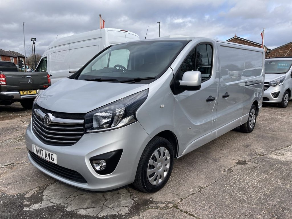 USED 2017 17 VAUXHALL VIVARO 1.6 L2H1 2900 SPORTIVE CDTI BITURBO S/S 125 BHP RACKING 1 OWNER FSH NEW MOT FREE 6 MONTH WARRANTY INCLUDING RECOVERY AND ASSIST NEW MOT RACKING