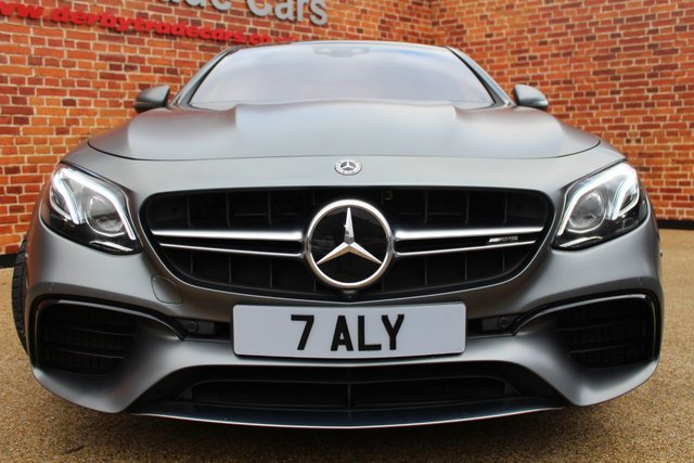 MERCEDES-BENZ E-CLASS at Derby Trade Cars