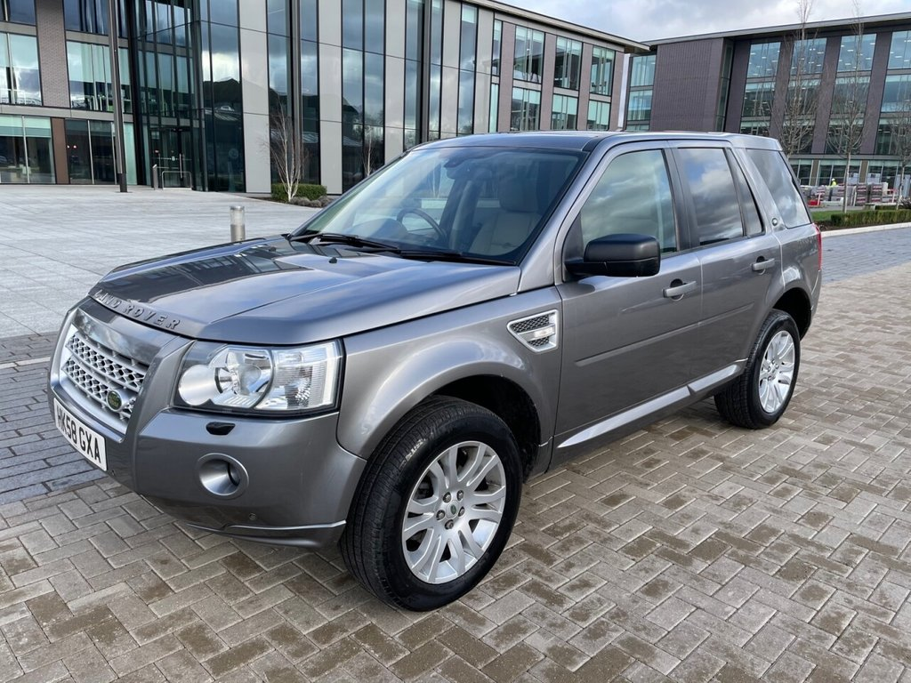 USED 2009 58 LAND ROVER FREELANDER 2 2.2TD4 HSE AUTOMATIC 4x4 5 Dr *SATNAV*HEATED LEATHER SEATS*PANORAMIC S/ROOF* SERVICE HISTORY + CAMBELT DONE SATNAV-FULL LEATHER-AUTOMATIC