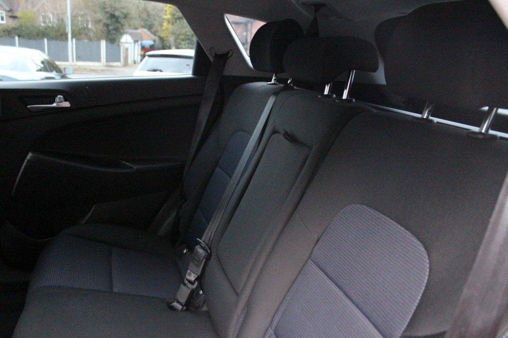 USED 2016 66 HYUNDAI TUCSON 1.7 CRDI SE BLUE DRIVE 5d 114 BHP
