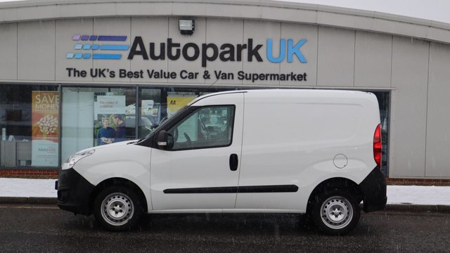 USED 2018 18 VAUXHALL COMBO 1.2 L1H1 2000 CDTI 95 BHP . LOW DEPOSIT OR NO DEPOSIT FINANCE AVAILABLE . COMES USABILITY INSPECTED WITH 30 DAYS USABILITY WARRANTY + LOW COST 12 MONTHS ESSENTIALS WARRANTY AVAILABLE FROM ONLY £199 (VANS AND 4X4 £299) DETAILS ON REQUEST. ALWAYS DRIVING DOWN PRICES . BUY WITH CONFIDENCE . OVER 1000 GENUINE GREAT REVIEWS OVER ALL PLATFORMS FROM GOOD HONEST CUSTOMERS YOU CAN TRUST .
