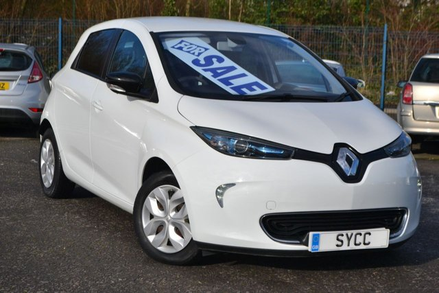 USED 2015 65 RENAULT ZOE 0.0 EXPRESSION 5d 88 BHP SAT NAV ~ 2 CHARGING CABLES ~ VAT QUALIFYING £6249.92 + VAT
