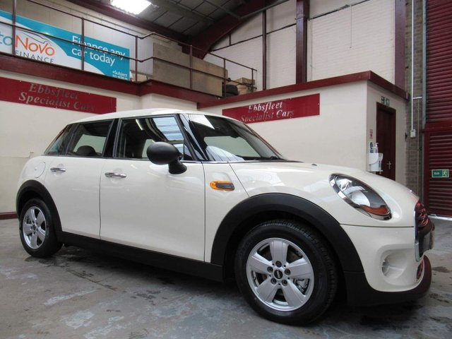 USED 2015 65 MINI HATCH ONE 1.2 One (s/s) 5dr ***24000 MILES F/S/H***