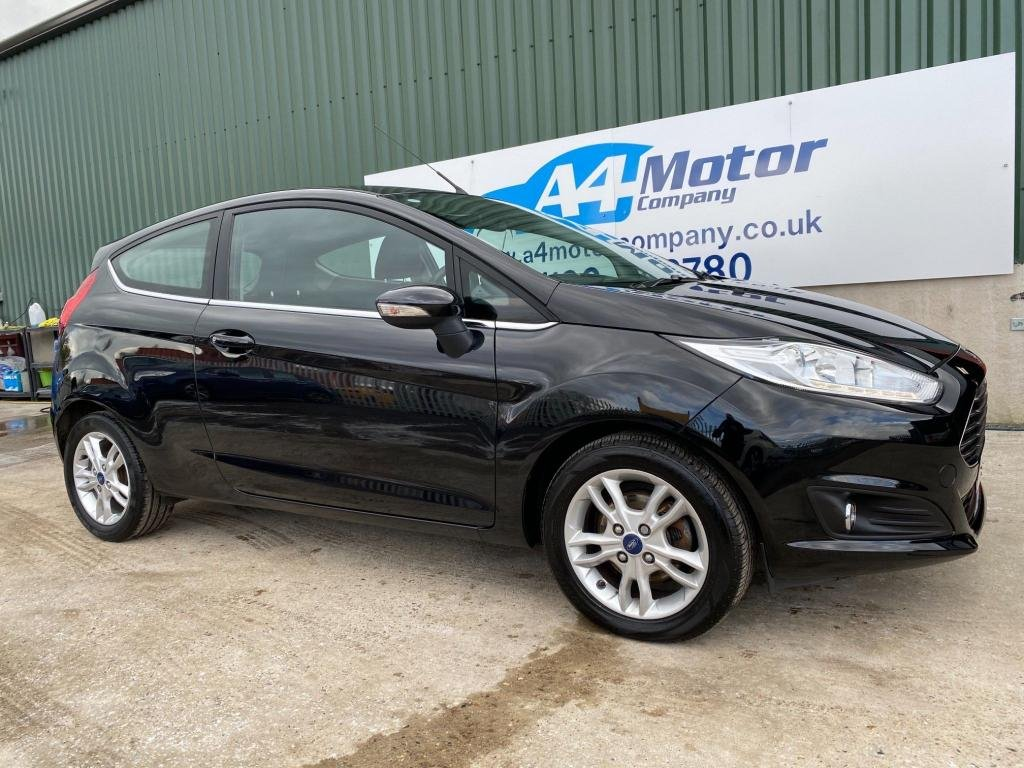 USED 2016 65 FORD FIESTA 1.25 Zetec 3dr LOW INSURANCE AND TAX GROUP