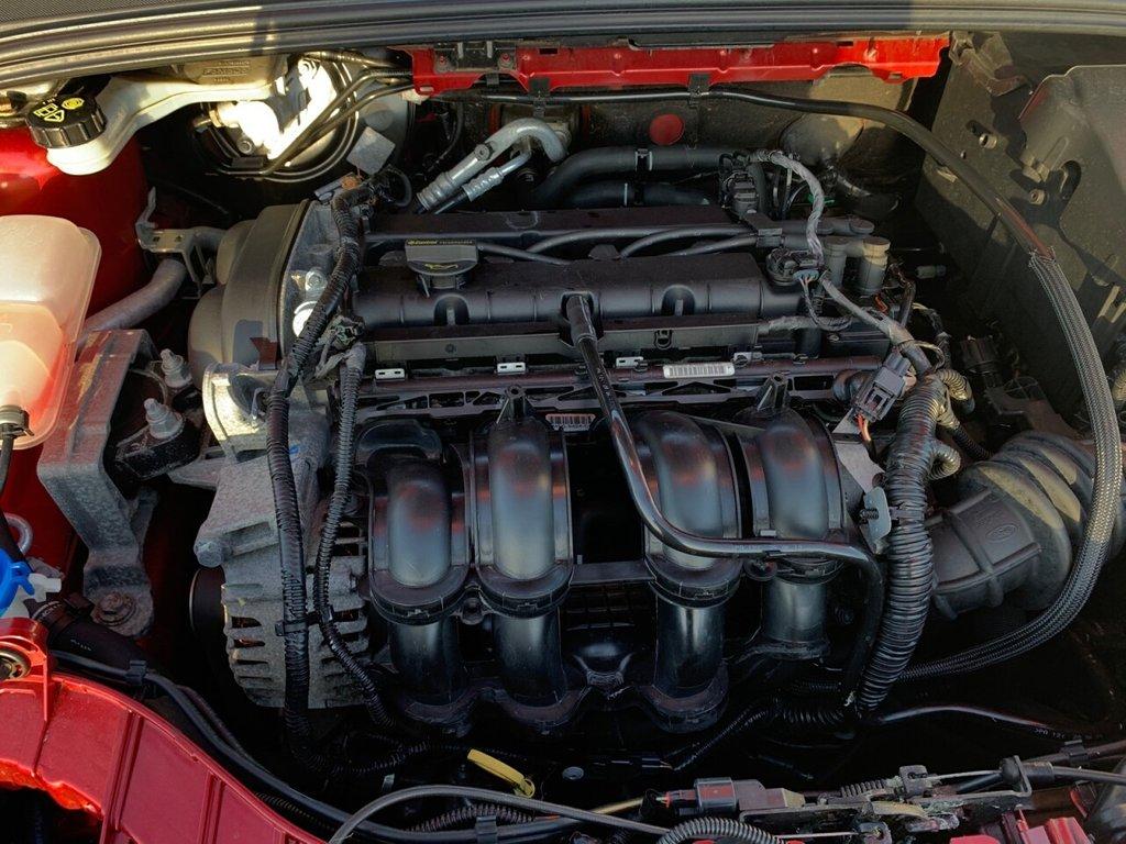USED 2011 11 FORD FOCUS 1.6 ZETEC 5d 124 BHP