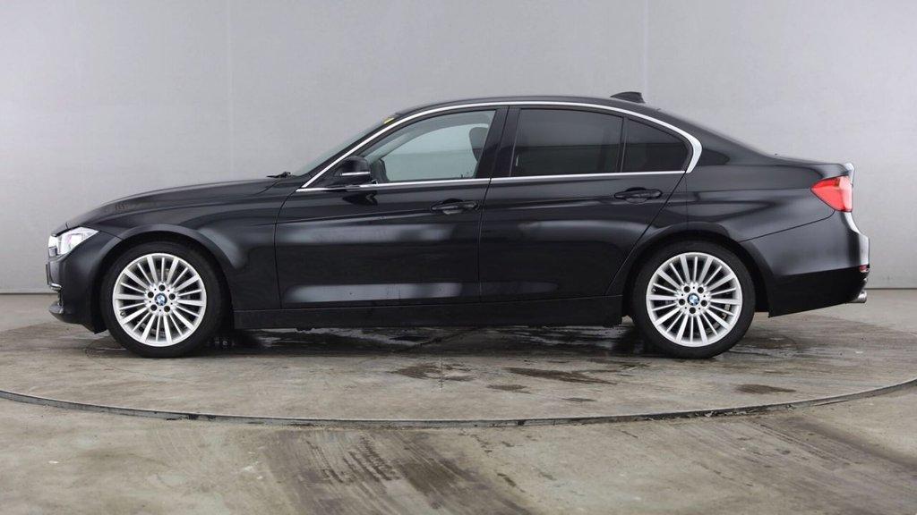 USED 2015 64 BMW 3 SERIES 3.0L 330D LUXURY 4d AUTO 255 BHP