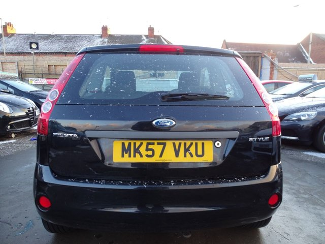 USED 2007 57 FORD FIESTA 1.2 STYLE 16V 3d 78 BHP LOW GENUINE MILES
