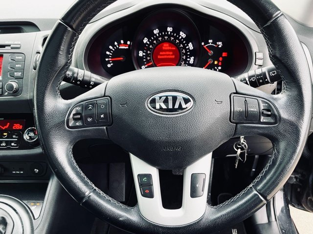 USED 2013 13 KIA SPORTAGE 1.7 CRDI 3 5d 114 BHP PANORAMIC ROOF - FULL HISTORY - 12 MONTH MOT - HEATED FRONT & REAR LEATHER SEATS  - BLUETOOTH - TOW BAR FITTED
