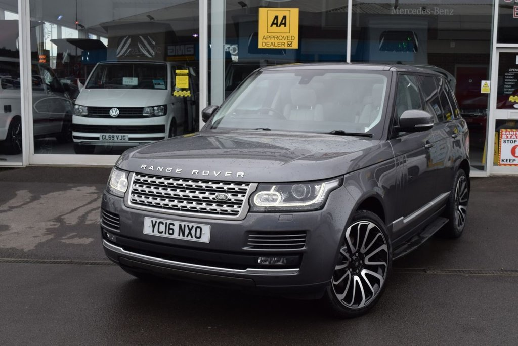 USED 2016 16 LAND ROVER RANGE ROVER 3.0 TDV6 VOGUE 5d 255 BHP FINANCE TODAY WITH NO DEPOSIT - FULL LAND ROVER SERVICE HISTORY