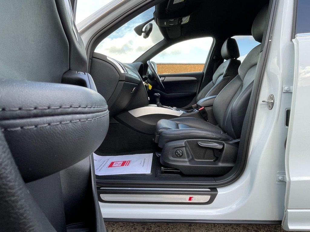 USED 2015 15 AUDI Q5 2.0 TDI S line Plus S Tronic quattro (s/s) 5dr