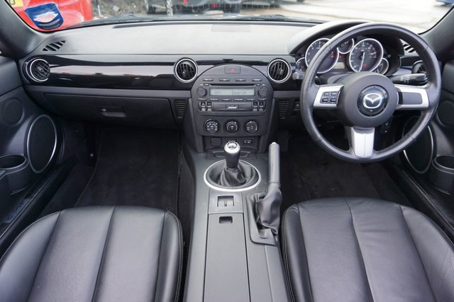 USED 2006 56 MAZDA MX-5 2.0 SPORT 2d 160 BHP WELL CARED FOR,, LAST OWNER 14 YRS