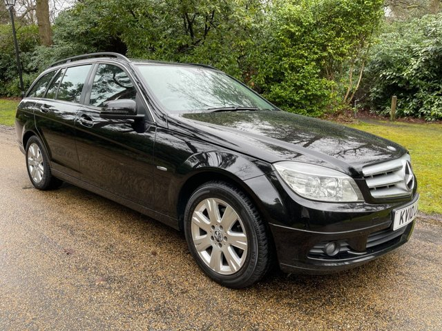 USED 2010 10 MERCEDES-BENZ C-CLASS 2.1 C200 CDI BLUEEFFICIENCY EXECUTIVE SE 5d 136 BHP