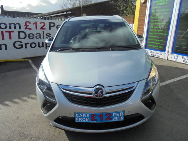 USED 2014 14 VAUXHALL ZAFIRA TOURER 2.0 TECH LINE CDTI 5d 162 BHP **CLICK AND COLLECT ON YOUR NEXT CAR**