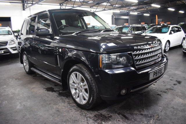 USED 2011 61 LAND ROVER RANGE ROVER 4.4 TDV8 VOGUE 5d 313 BHP GREAT VALUE 4.4 TDV8 VOGUE - 7 STAMPS TO 92K MILES - LEATHER - NAV - TV DUAL VIEW - PRIVACY GLASS - SUNROOF - HARMAN KARDON
