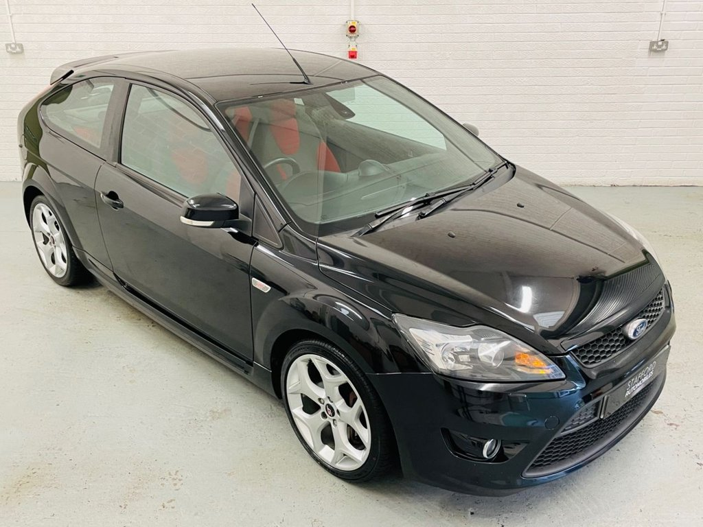 USED 2011 11 FORD FOCUS 2.5 ST-2 3d 223 BHP STUNNING CAR, GREAT HISTORY INC RECENT CAMBELT, FINANCE AVAILABLE