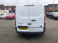 USED 2015 65 FORD TRANSIT CUSTOM 2.2 290 Low Roof H1 Panel Van with 3 Seats. Recent Service & MOT with 2 New Tyres. Ready to Drive Away Today 1 Former Keeper