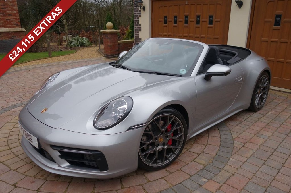 USED 2019 PORSCHE 911 3.0 CARRERA 4S PDK 2d 444 BHP *** WE OFFER FINANCE ON THIS CAR ***