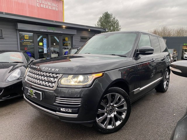 2012 LAND ROVER RANGE ROVER 4.4 SDV8 VOGUE SE 5d 339 BHP **£10,000 OF SPEC**