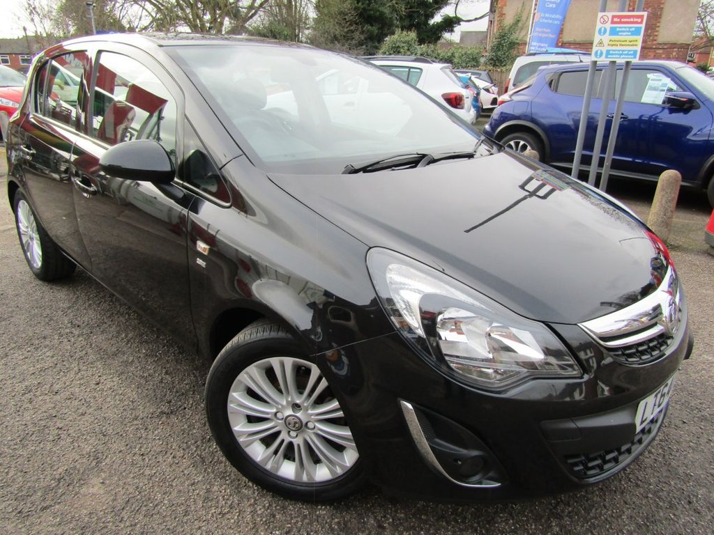 USED 2014 64 VAUXHALL CORSA 1.2 SE 5d 83 BHP ** Excellent condition corsa ** New MOT ** Half leather heated seats ** great example both onside & out ** Service prior to sale ** value car **