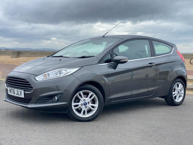 USED 2016 16 FORD FIESTA 1.2 ZETEC 3d *SatNav* *One Owner*