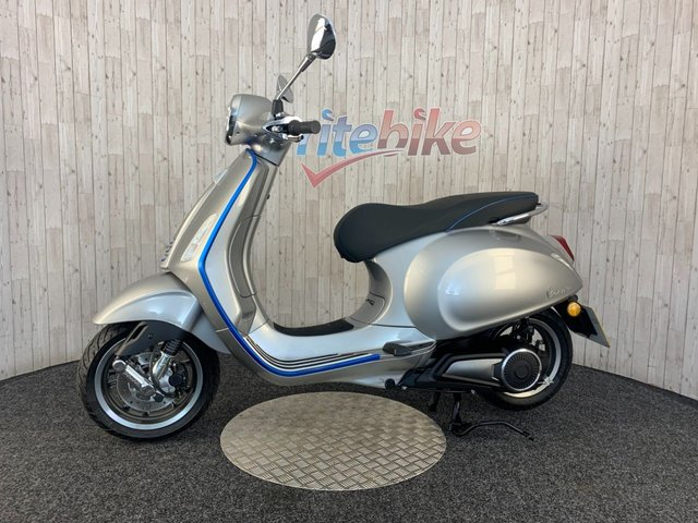 PIAGGIO VESPA at Rite Bike