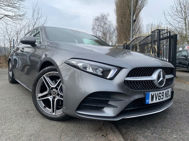 """USED 2019 69 MERCEDES-BENZ A-CLASS 1.3 A 180 AMG LINE 5d 135 BHP 2 KEYS+1 OWNER FROM NEW+MEDIA+MERCEDES WARRANTY TILL 19/9/2022+CAMERA+BLUETOOTH+DAB+USB+AUX+18""""ALLOYS+HALF LEATHER TRIM+CLIMATE CONTROL+PRIVACY GLASS+NAVIGATION SYSTEM+"""
