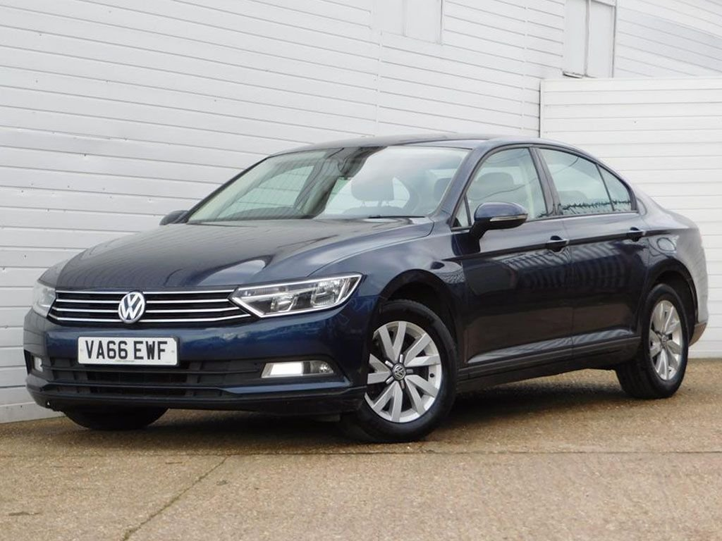 USED 2017 66 VOLKSWAGEN PASSAT 1.6 S TDI BLUEMOTION TECHNOLOGY 4d 119 BHP Buy Online Moneyback Guarantee