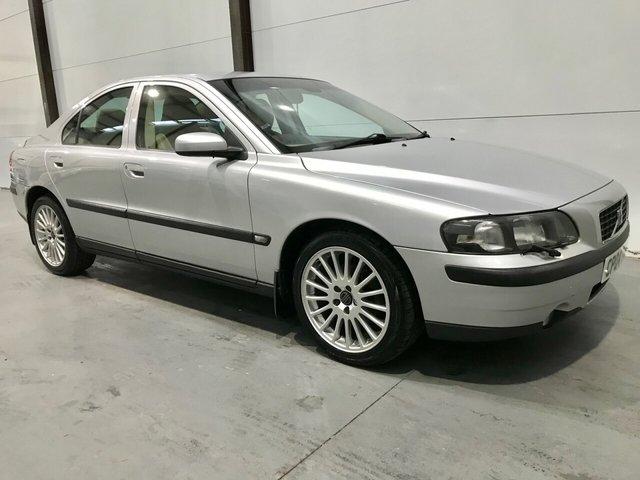 2004 04 VOLVO S60 2.4 D5 SE 4d 161 BHP