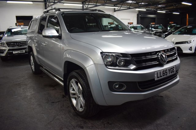 USED 2015 65 VOLKSWAGEN AMAROK 2.0 DC TDI HIGHLINE 4MOTION 4X4 178 BHP ** NO VAT** NO VAT - 5 VW SERVICE STAMPS TO 71K MILES - ONE PREVIOUS KEEPER - LEATHER - SAT NAV - HEATED SEATS - REAR HARDTOP CANOPY - TOWBAR