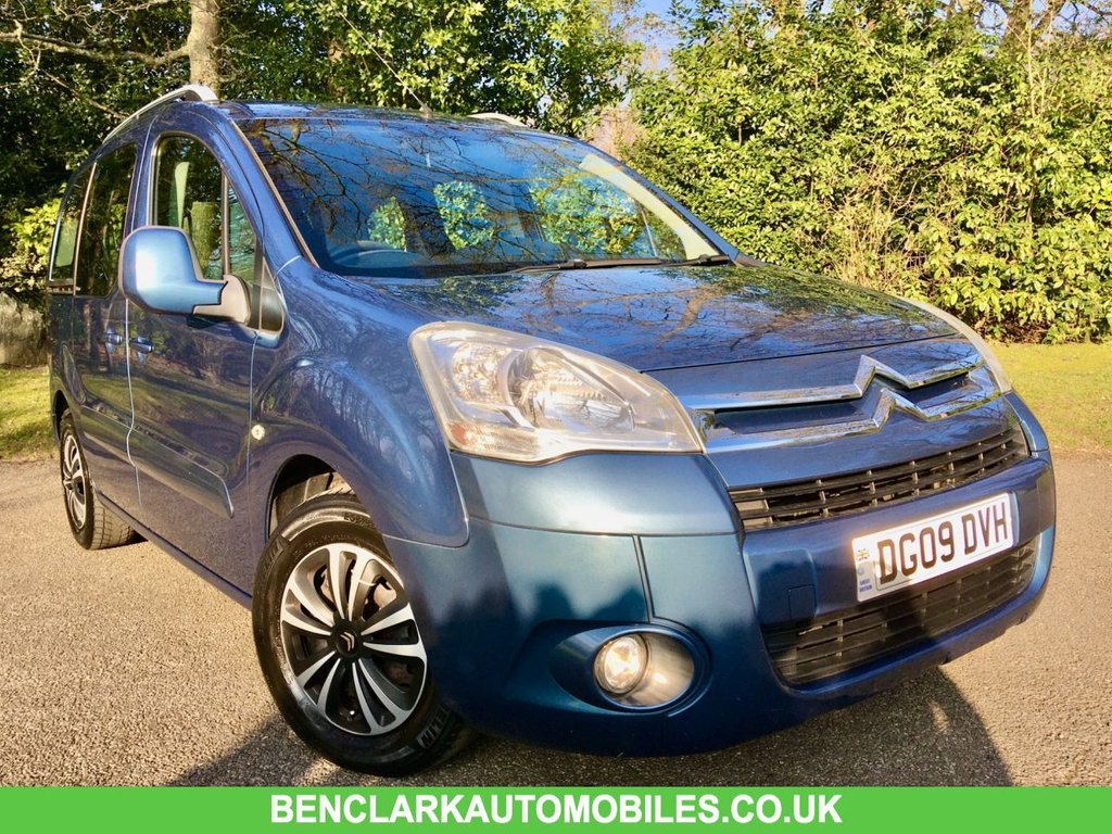 USED 2009 09 CITROEN BERLINGO 1.6 MULTISPACE VTR 16V 5d 90 BHP X8 SERVICE STAMPS//ONLY 2 OWNERS//RARE PETROL BERLINGO GREAT CONDITION INSIDE AND OUT//X8 SERVICE STAMPS // ULEZ COPLIANT///LAST SERVICED @73,289 MILES