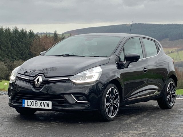 RENAULT CLIO at PFF Cars