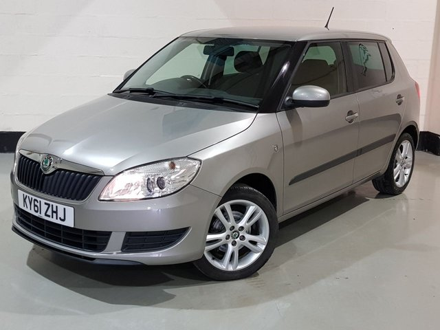 """USED 2011 61 SKODA FABIA 1.2 SE PLUS 5d 68 BHP 2 Previous Owners / Cruise,Climate Control / 16"""" Alloys"""