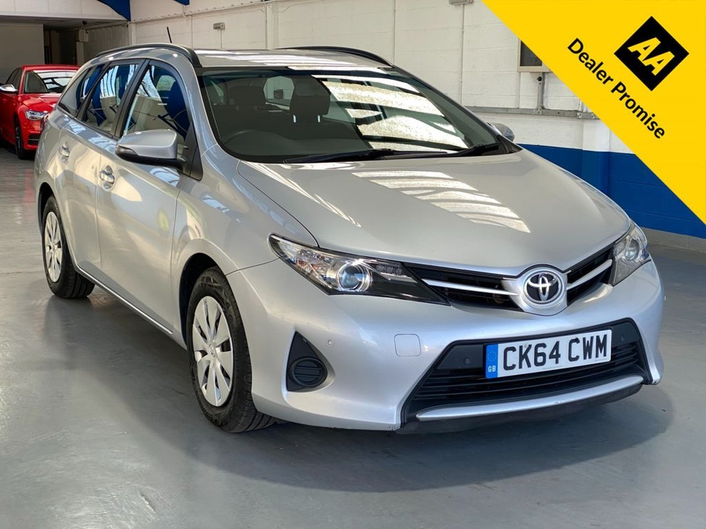 USED 2015 64 TOYOTA AURIS 1.4 ACTIVE D-4D  5d 89 BHP *REAR PARKING SENSORS*£20 TAX*