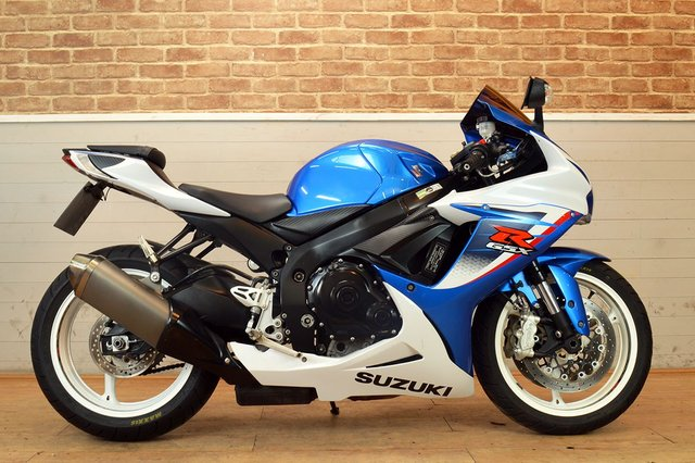 USED 2013 13 SUZUKI GSXR 600 L3  - FREE DELIVERY AVAILABLE