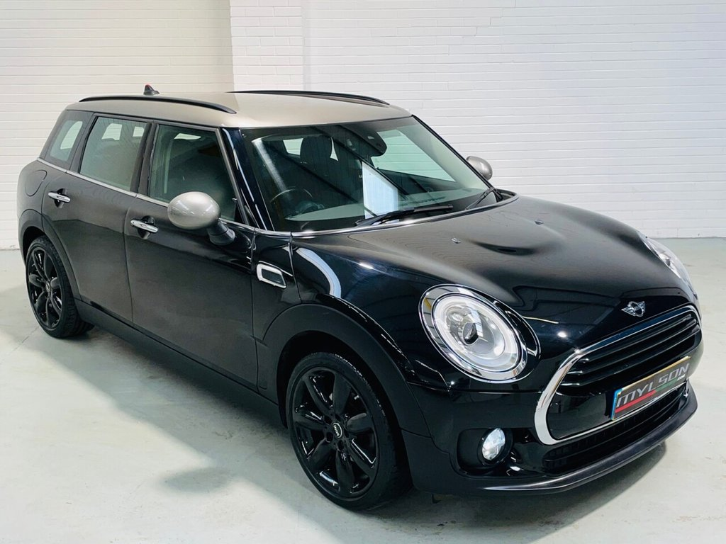 USED 2016 65 MINI CLUBMAN 1.5 COOPER 5d 134 BHP Midnight Black with Grey Roof, Heated Seats, 18in Black Wheels, Keyless Entry, LED Lights