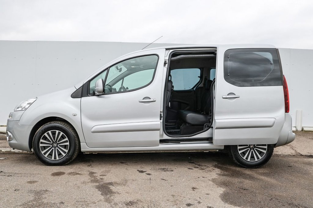 USED 2015 15 PEUGEOT PARTNER 1.6 HDI S/S TEPEE 'S' 5d 92 BHP ** WHEELCHAIR ACCESSIBLE **