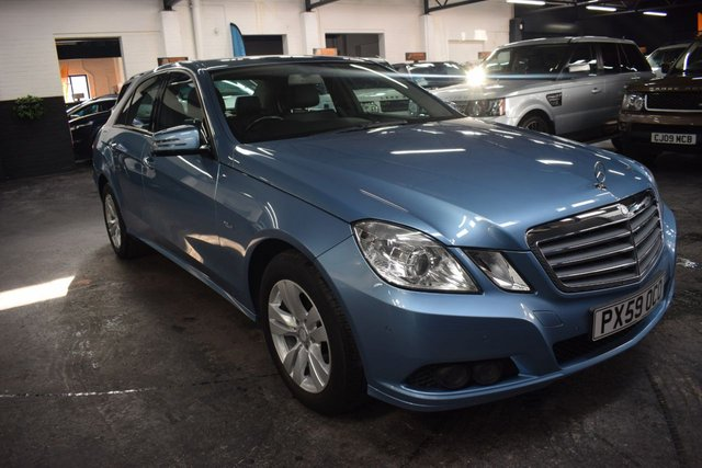 USED 2009 59 MERCEDES-BENZ E-CLASS 2.1 E250 CDI BLUEEFFICIENCY SE 4d 204 BHP STUNNING LOW MILEAGE EXAMPLE - MB SERVICE HISTORY - FULL LEATHER SEATS - HEATED SEATS - ELECTRIC FOLDING MIRRORS